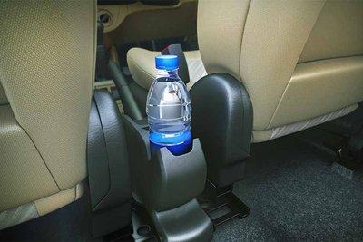 hãy chuẩn bị nhiều nước trên xe và lên kế hoạch dừng nghỉ nhiều chặng.