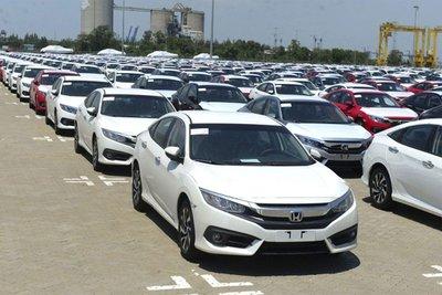 nhập khẩu ô tô nguyên chiếc các loại đạt tăng.