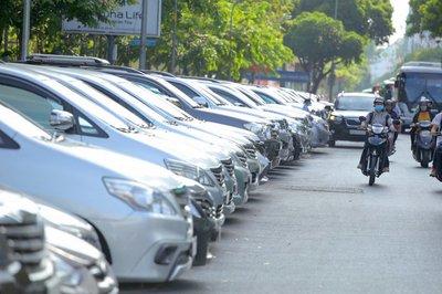 Việc tìm được chỗ đỗ xe trong thành phố luôn là vấn đề nan giải.