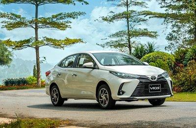 Toyota Vios 5 chỗ có động cơ được đánh giá tốt hơn xe 7 chỗ cùng tầm giá.