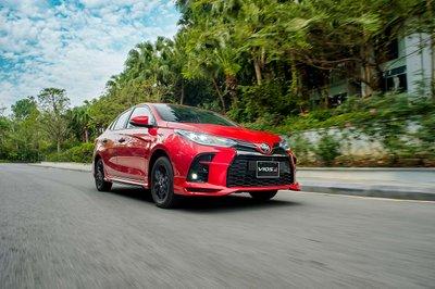Toyota Vios 2021 mang đến cảm giác lái mạnh mẽ, đầy tính thể thao cho người sử dụng.