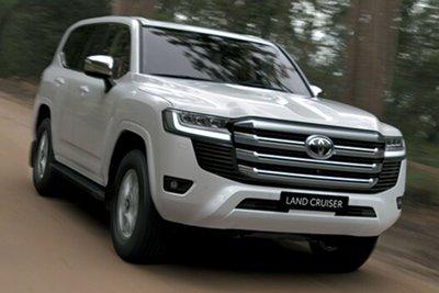 Giá lăn bánh xe Toyota Land Cruiser 2022 vừa ra mắt Việt Nam a1