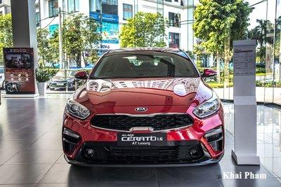 Kia Cerato tiếp tục được Thaco áp dụng khuyến mại tương đương 100% lệ phí trước bạ.
