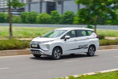 """Mitsubishi Xpander """"mất tích"""" khỏi Top 10 xe bán chạy tháng 6."""