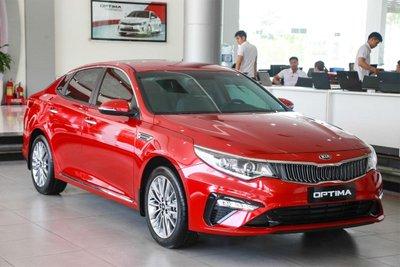 KIA Optima doanh số 2 tháng liên tiếp không bán được xe nào.