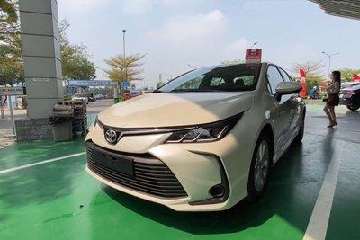 Video Toyota Corolla Altis 2022 bất ngờ xuất hiện tại Việt Nam a2