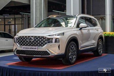 Hyundai SantaFe tăng trưởng 50,1% so với 6 tháng cùng kỳ năm 2020.