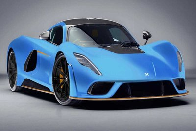 Hennessey Venom F5 xanh mặt trước