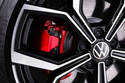 Volkswagen Polo GTI 2022 mới tích hợp nhiều điểm nhấn bắt mắt.
