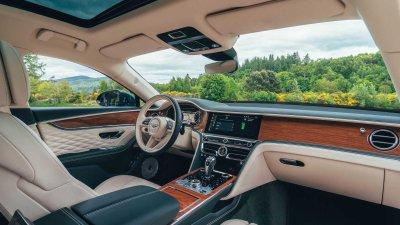Bentley Flying Spur Hybrid 2022 hứa hẹn cung cấp trải nghiệm ngồi xe khó quên.