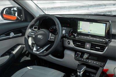 Nội thất xe Kia Seltos 1.6 Premium 1