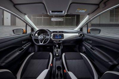 Nissan Almera 2021 ra mắt, giá cao nhất 579 triệu đồng, khách hàng đặt xe sớm nhận ngay ưu đãi 40 triệu đồng a5