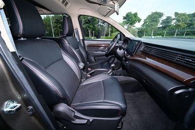 Người dùng điểm danh sự thực dụng của MPV 7 chỗ Suzuki Ertiga a2