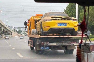 """Trong khoảng hai tháng tới, những """"con sóng"""" xe cũ như thế sẽ tỏa đi khắp nơi ở Trung Quốc"""