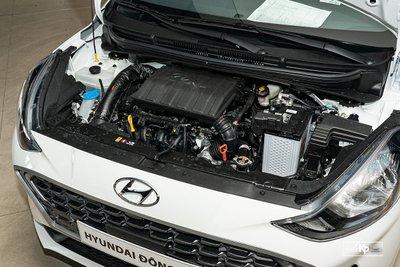 Mercedes-Benz E200 Exclusive 2021 giá hơn 2,3 tỷ đồng có gì đặc biệt? a26