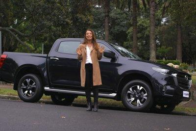 Đây là Mazda BT-50 2021 ngoài đời thực: Bán tải mềm mại liệu có thuyết phục được khách Việt? a2