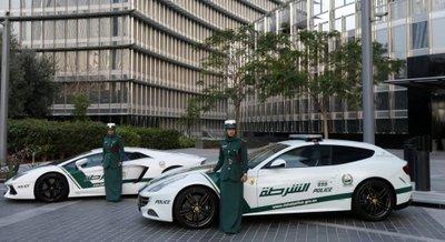Xe cảnh sát Dubai.