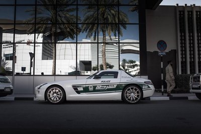 Mercedes-AMG GT63 S.