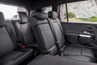 Hàng ghế thứ 3 xe Mercedes-Benz GLB 35 4MATIC 2021.