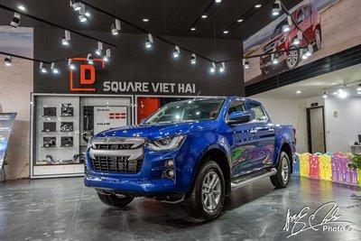 Isuzu D-max tiếp tục là mẫu xe quen thuộc ở vị trí thứ 5 trong phân khúc bán tải