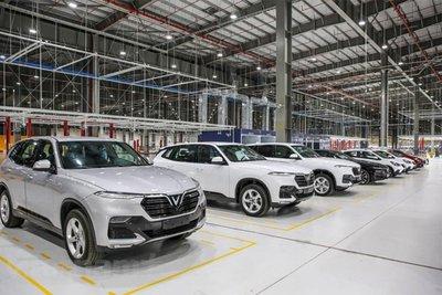 VinFast và Ford  điểm sáng le lói trong bức tranh ảm đạm chung toàn thị trường ô tô Việt Nam khi ghi nhận kết quả kinh doanh vượt bậc so với tháng 6