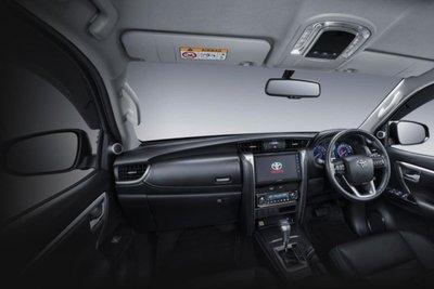 Toyota Fortuner GR Sport nội thất