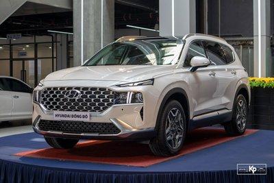 Hyundai Santa Fe vẫn là mẫu xe dẫn đần phân khúc SUV 7 chỗ tháng 7/2021