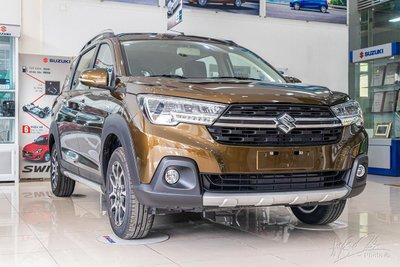 Sức tiêu thụ của Suzuki XL7 cũng giảm, từ 428 xe giảm còn 181 xe trong tháng 7. 1