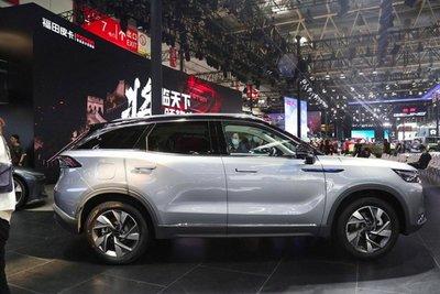 Ô tô nhập khẩu từ thị trường Trung Quốc cũng tăng trưởng đáng chú ý với 12.851 xe trong 7 tháng năm 2021.