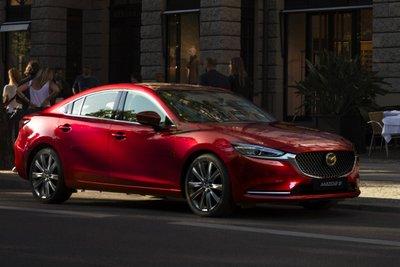 Mazda6 2021 có mức ưu đãi 49 triệu đồng.