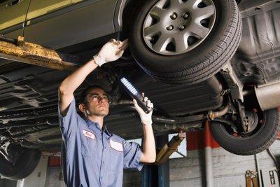 bảo dưỡng và sửa chữa xe ô tô