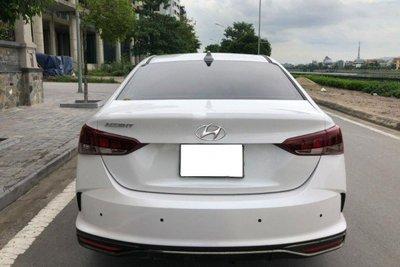 Hyundai Accent 2021 chạy 5.000km bán lại lỗ nguyên tiền đăng ký a2