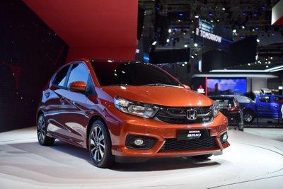Các loại xe ô tô 4 chỗ giá rẻ đáng mua nhất hiện nay - Honda Brio.