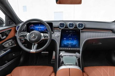 Mercedes-Benz C-Class All-Terrain nội thất