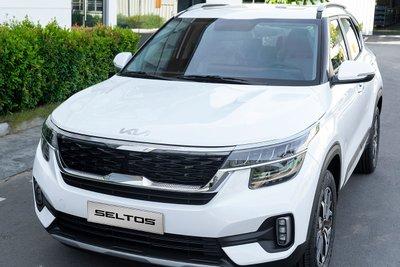 Kia Seltos thêm trang bị, tăng giá cao nhất 10 triệu đồng tại Việt Nam a2