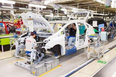 Toyota buộc phải cắt giảm tới 40 % sản lượng xe toàn cầu vào tháng 9 tới đây.