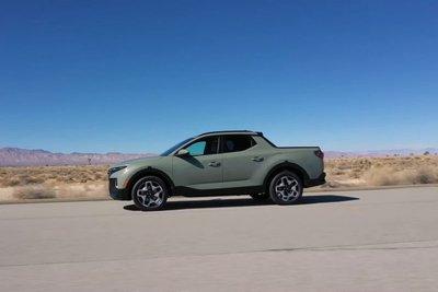 Đây là trải nghiệm Hyundai Santa Cruz 2022 ngoài đời thực Có gì đấu Ford Ranger a122