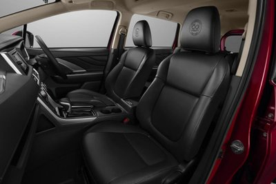 Mitsubishi Xpander Passion Red Edition nội thất