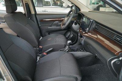 Giá xe Suzuki Ertiga 2021 chạm đáy, đại lý tung ưu đãi khủng vào phút chót a4