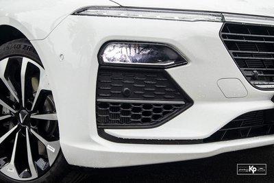 Ưu nhược điểm xe VinFast Lux A2.0 2021 a9