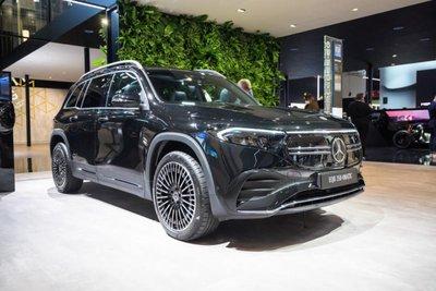 Mercedes EQB SUV 1