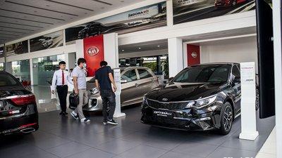 Kia Cerato, Kia Sedona giảm giá khủng, đại lý dọn kho chờ xe mới 1