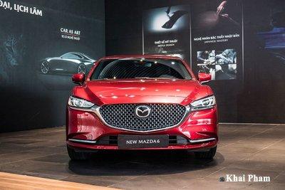 Trong khi tất cả các mẫu xe trong phân khúc đều có doanh số giảm mạnh thì riêng Mazda6 lại tăng nhẹ.