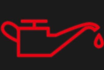 đèn báo dầu sáng