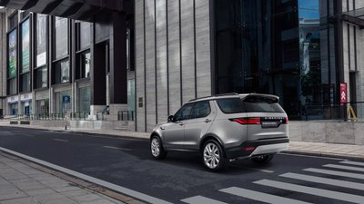 Land Rover Discovery 2021 ra mắt Việt Nam, giá khởi điểm từ 4,7 tỷ đồng a4